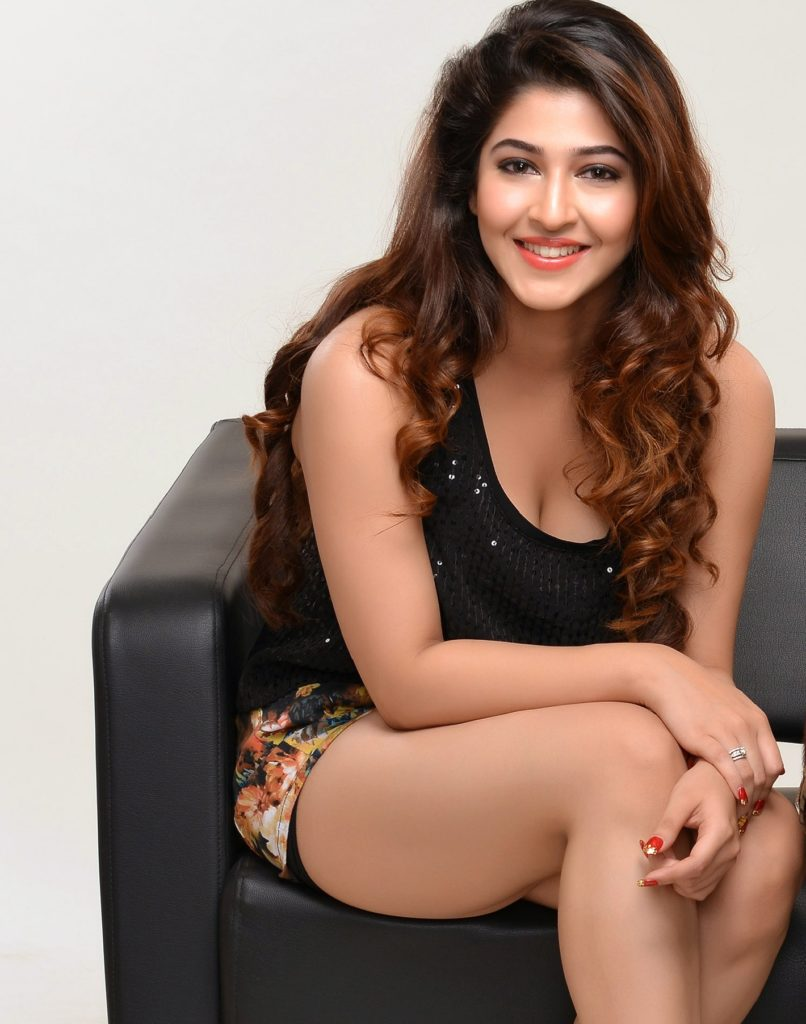 Sonarika Bhadoria Beautiful Unseen Pics Pictures