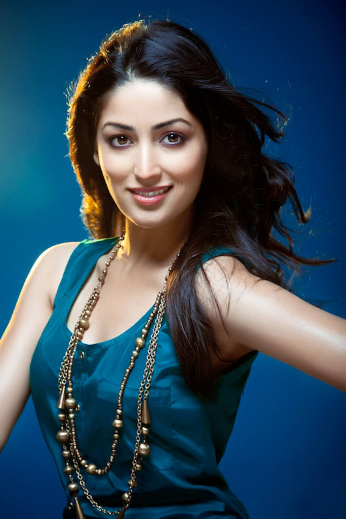 Spicy Yami Gautam Hot Boobs Pictures Pics