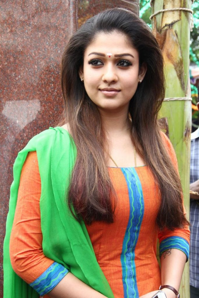 Tollywood Actress Nayanthara Beautiful Wallpapers