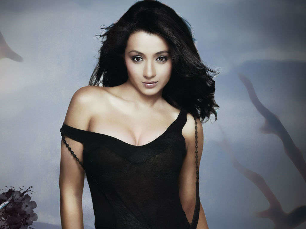 Trisha Krishnan Hot Boobs Showing Wallpapers