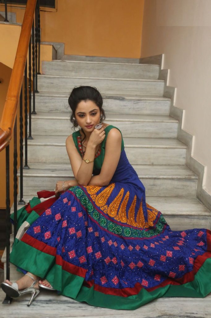 Tv Actress Madirakshi Mundle Latest Full HD Pictures Download
