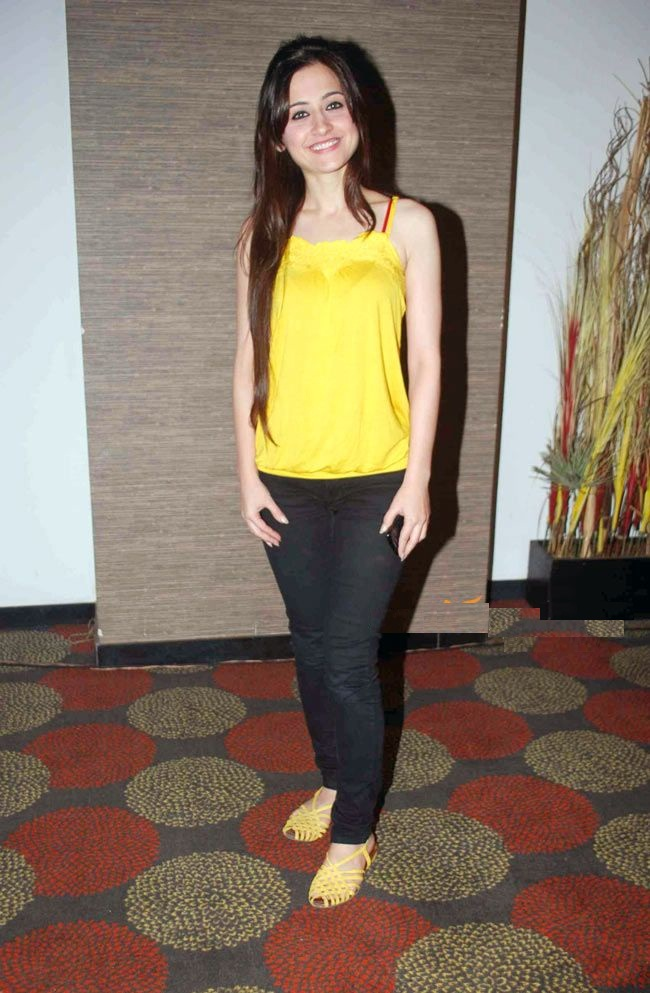 Tv Actress Sanjeeda Sheikh Latest HD Pictures Download