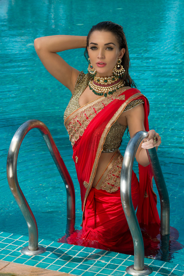 amy jackson in saree photos free download