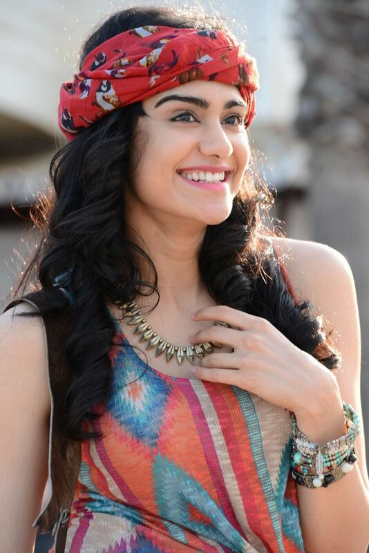 Adah Sharma Cute Smile Pics