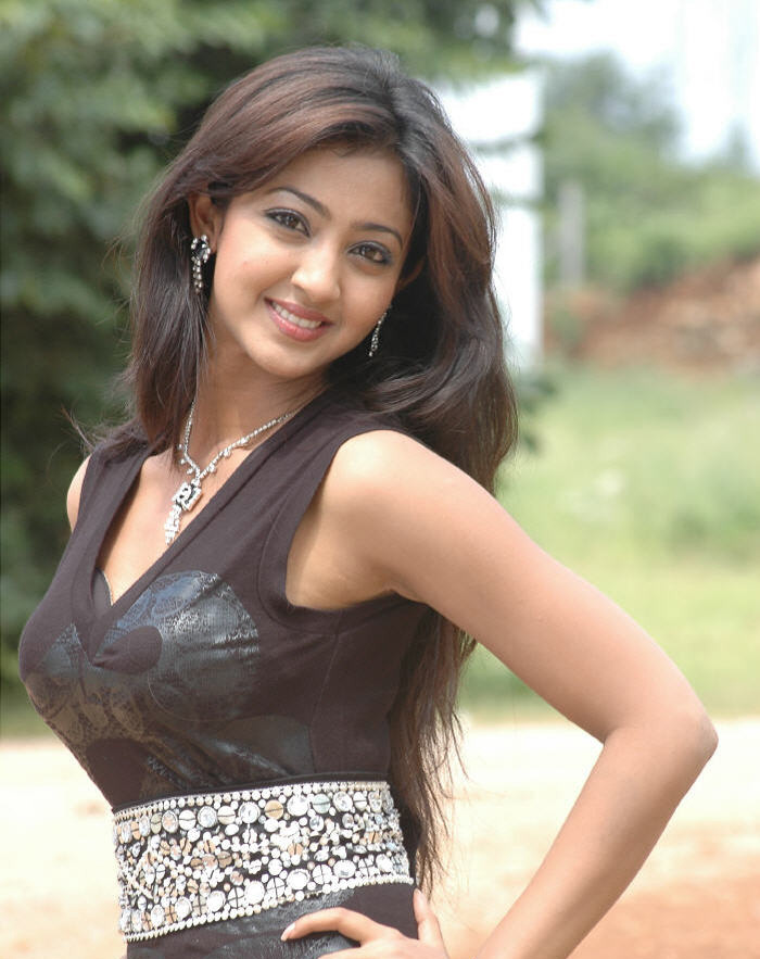 Aindrita Ray Hair Style Images