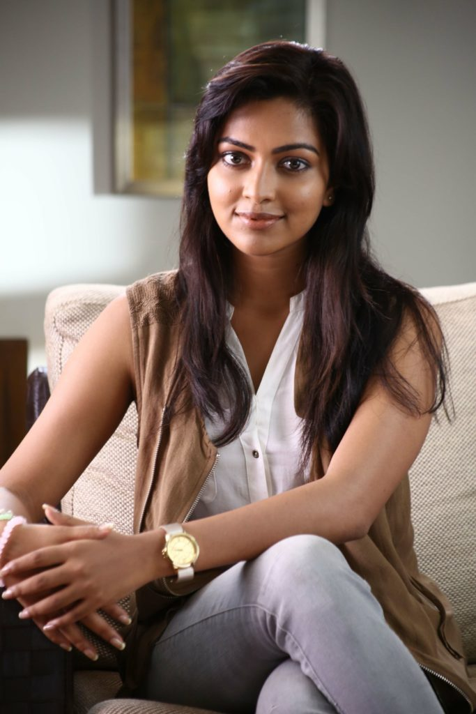 Amala Paul Images In Jeans Top