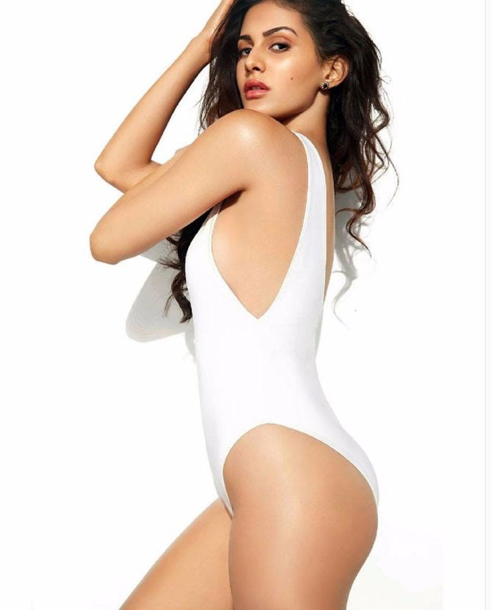 Amyra Dastur Hot Pics In Backside