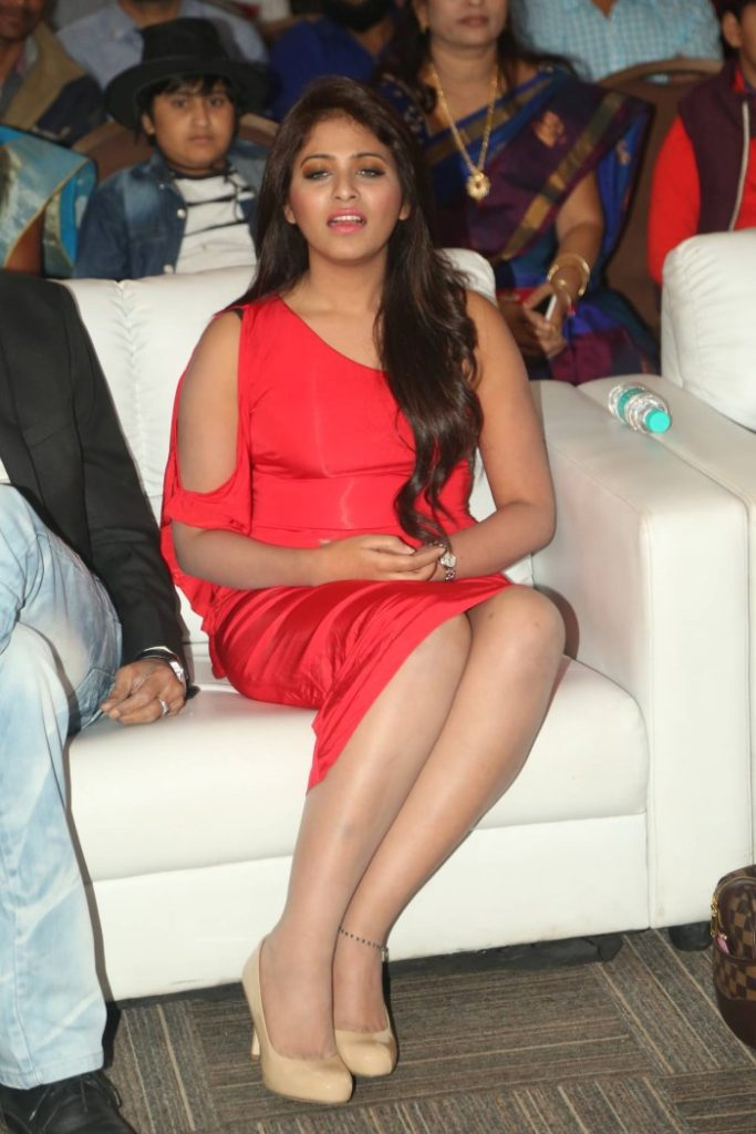 Anjali Sexy Legs Photos