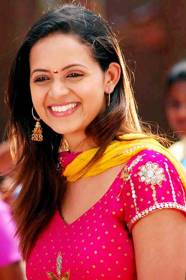 Bhavana Sexy Eyes Photos