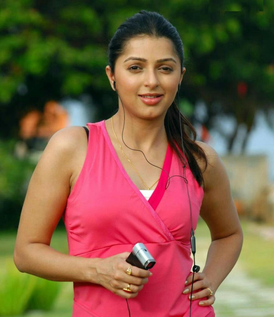Bhumika Chawla Smile Pictures