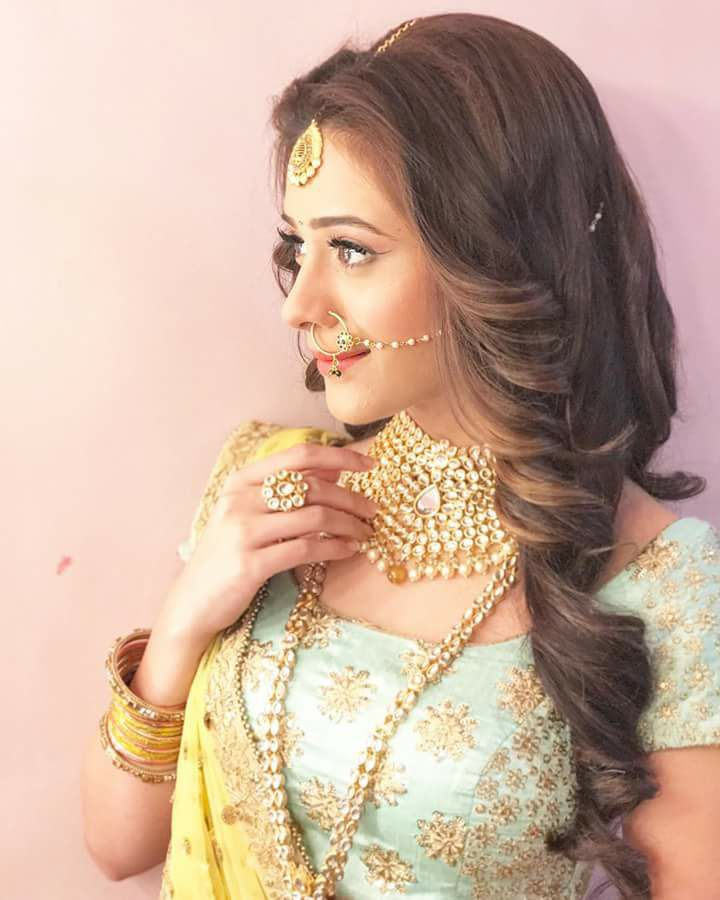 Hiba Nawab Hot Navel Sexy Serial Pictures New HD Photos