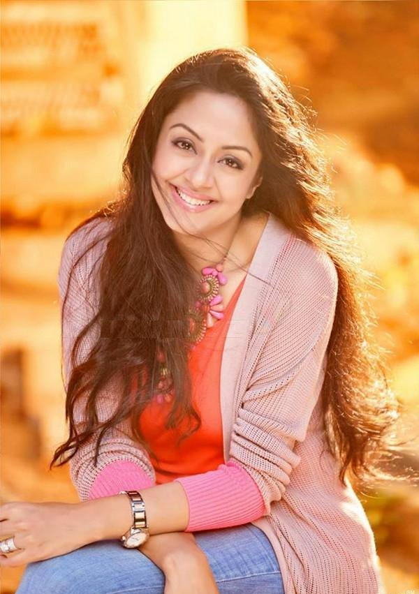 Jyothika Cute Smile Photos