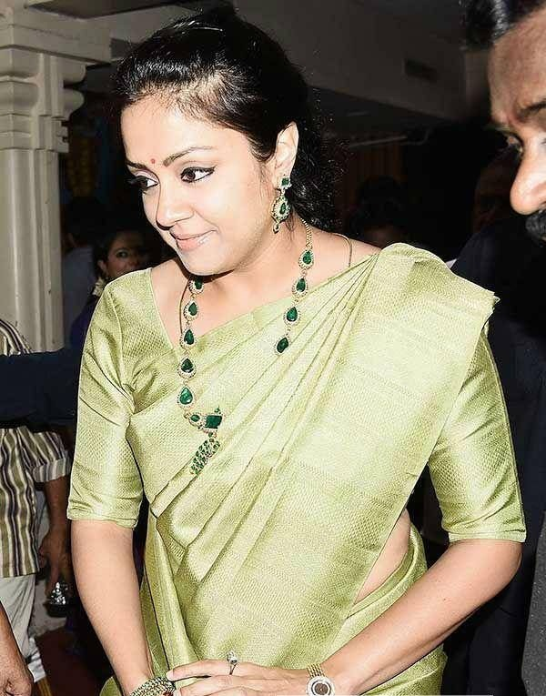 Jyothika In Saree Hot Images