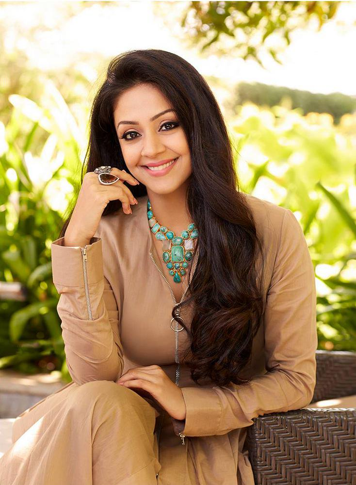 Jyothika Lovely Bold Unsee Pics
