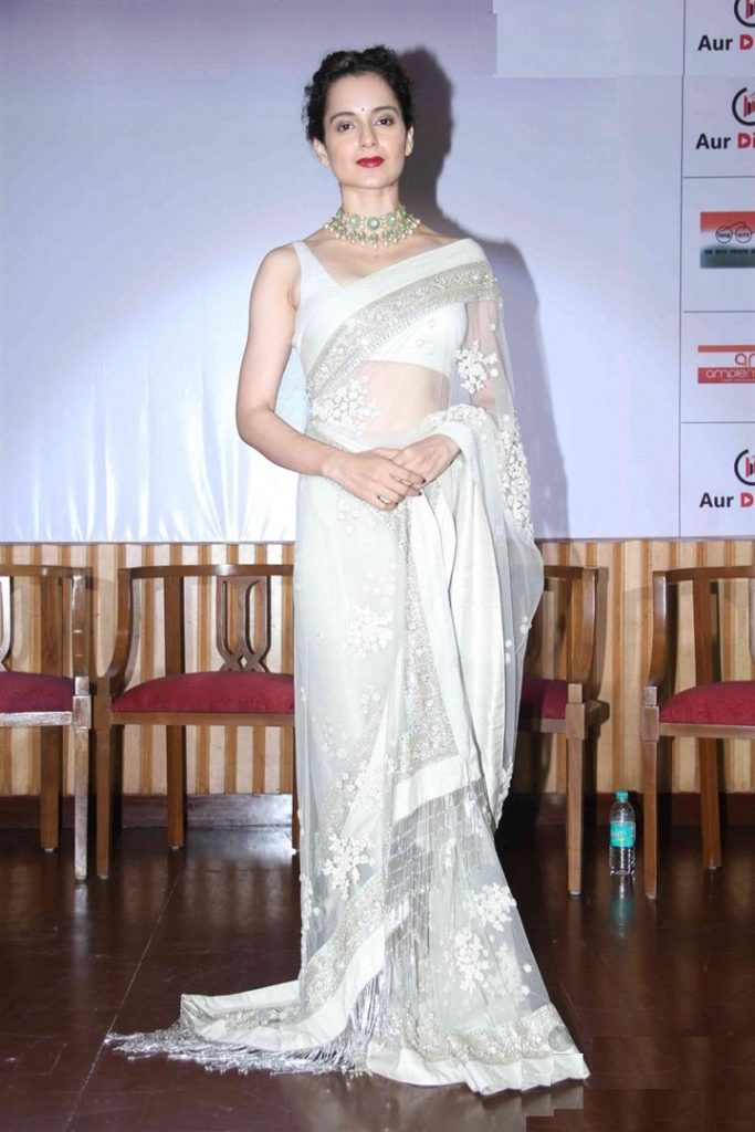 Kangana Ranaut Hot Latest HD Pics In Saree