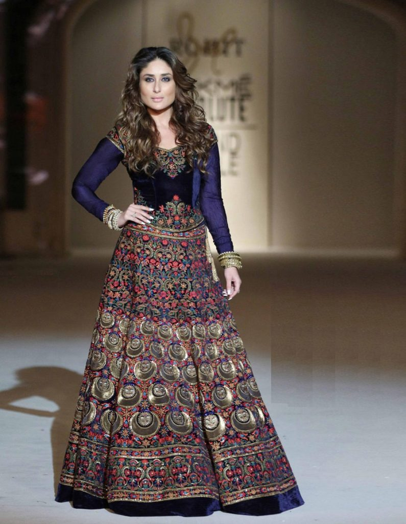 Kareena Kapoor Latest HD Photos In Gagra Choli Images Wallpapers