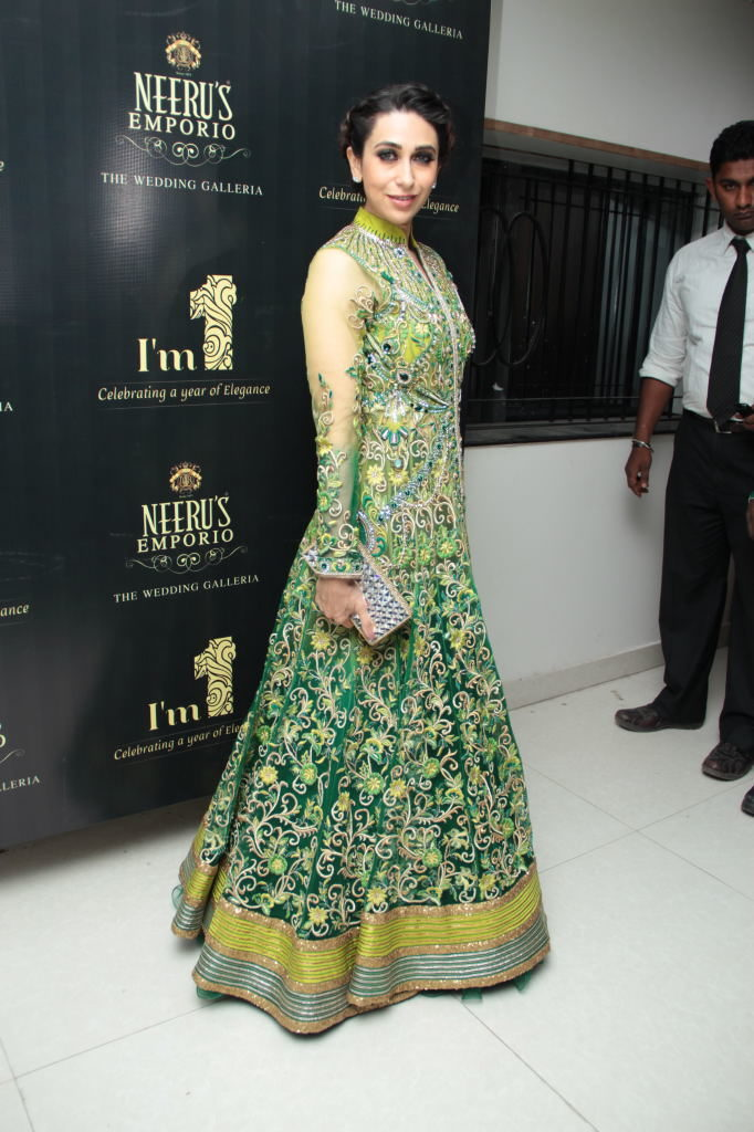 Karisma Kapoor In Anarkali Drass Photos
