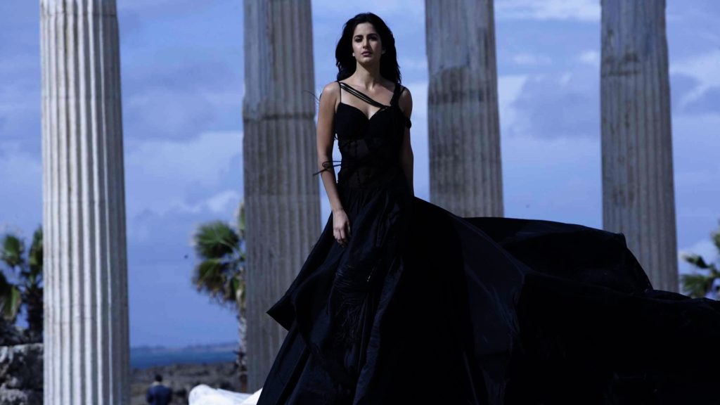 Katrina Kaif In Black Color Lahanga Photos Images