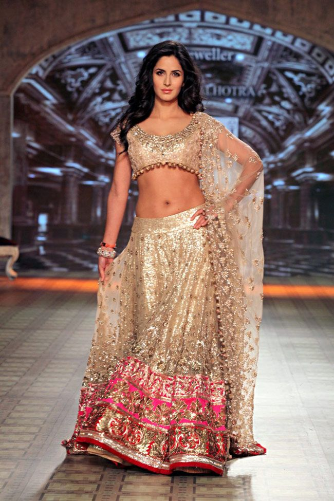 Katrina Kaif Navel Latest Hot Looking Pictures Images HD