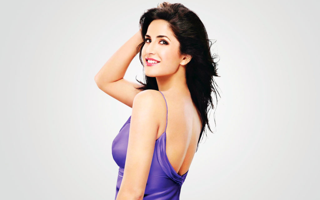 Katrina Kaif With Beautiful Smile Hot & Sizzling Pictures Images Pics