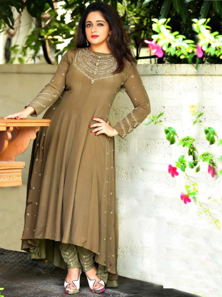 Kavya Madhavan HD Photoshoot Download