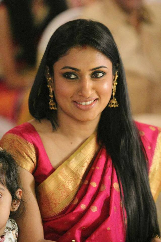 Malavika In Saree Images