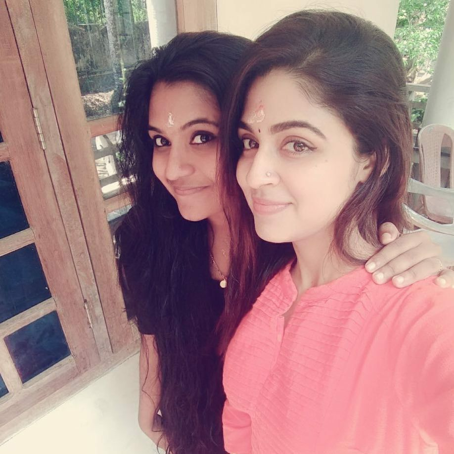 Malavika Wales Pictues With Friend