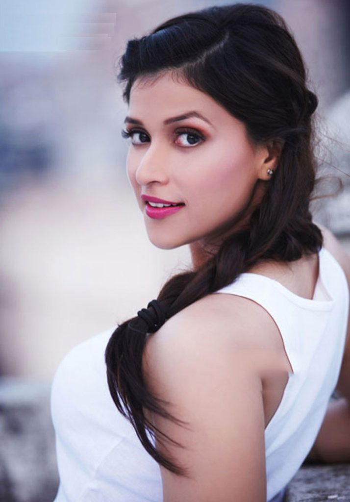 Mannara Chopra In Offsholder Clothes Full HD Images