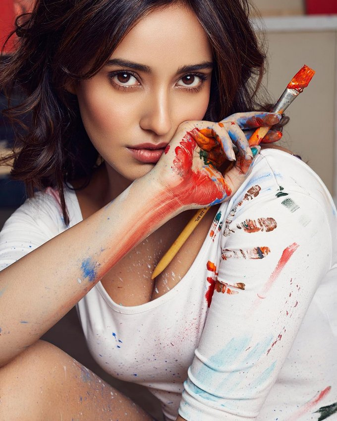 Neha Sharma Sexy Photos