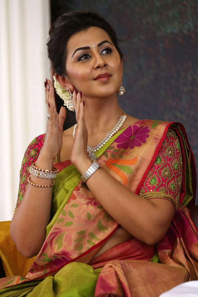 Nikki Galrani Wallpapers