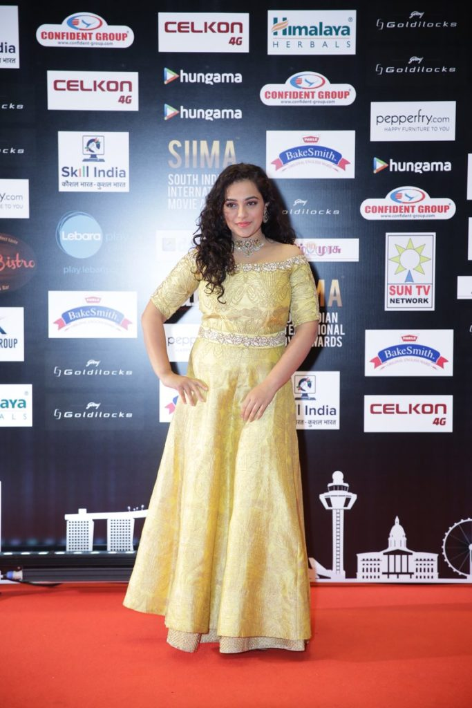 Nithya Menon At Awards Show Hot Pics