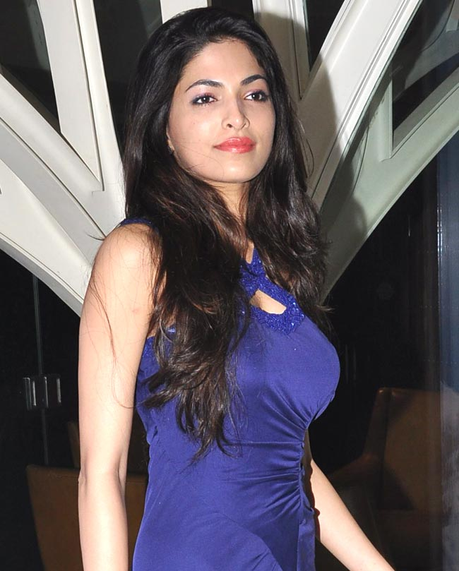 Parvathy Omanakuttan Pictures