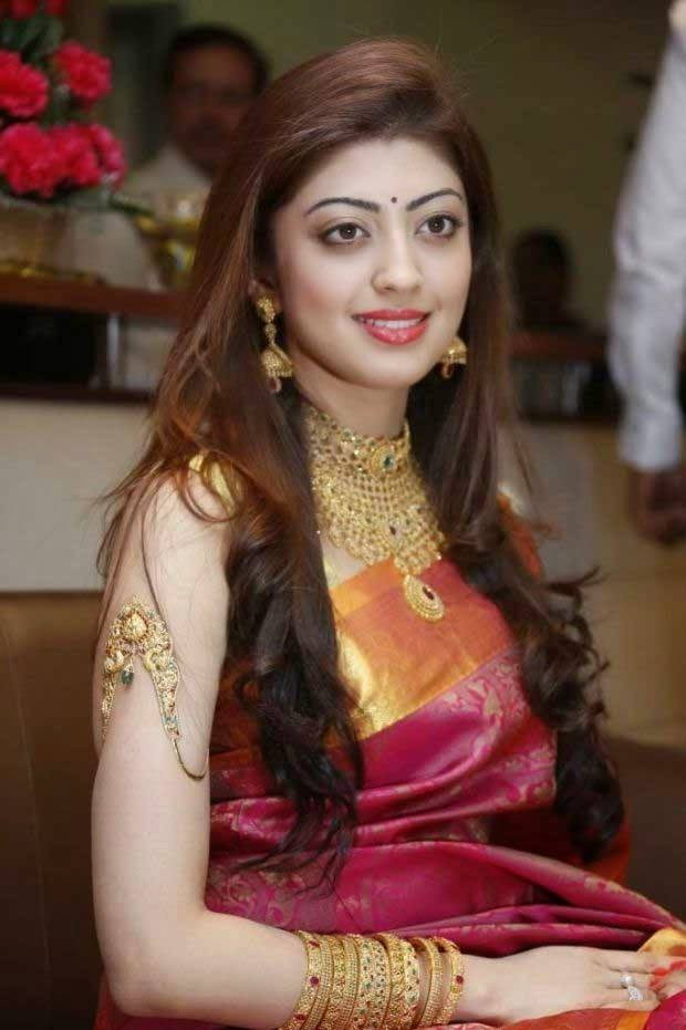 Pranitha Subhash At Awards Show Images