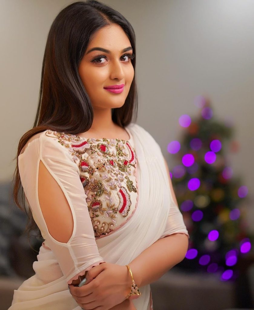Prayaga Martin Cute Smile Images