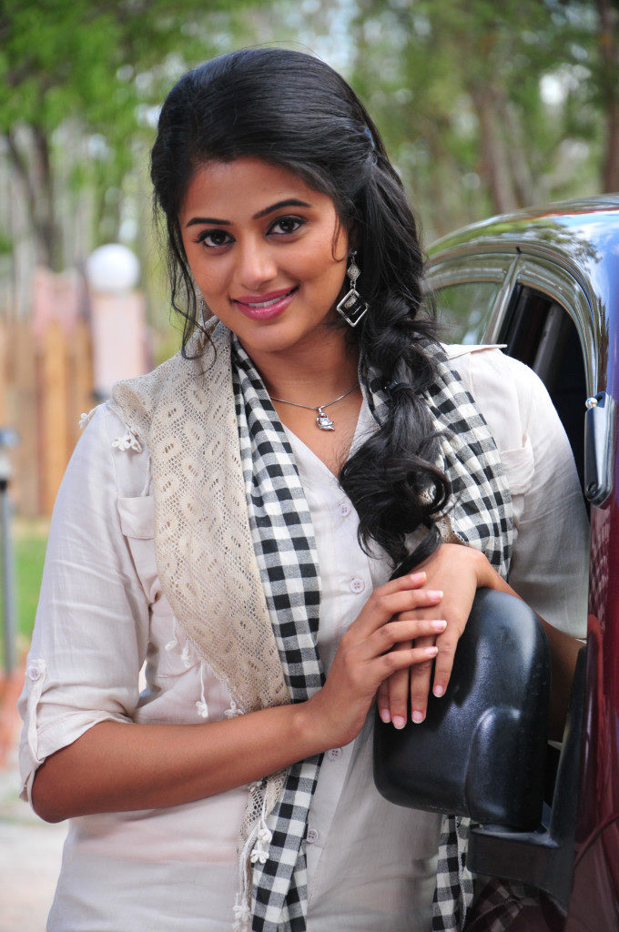 Priyamani In Salwar Kameez Photos