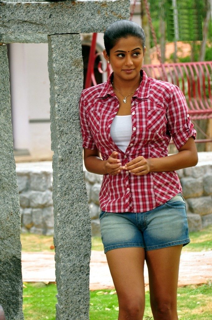 Priyamani In Shorts Photos Gallery
