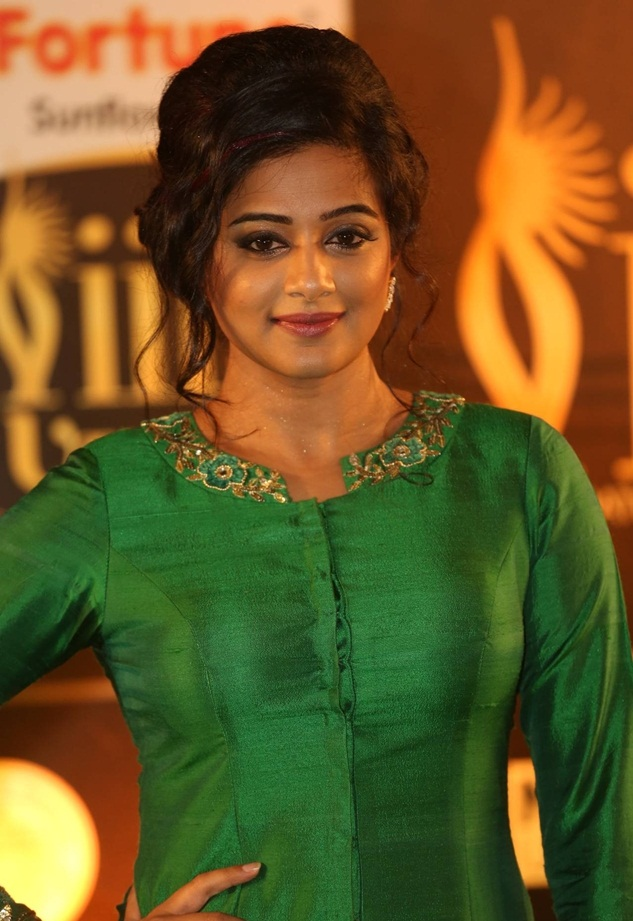 Priyamani New Photos