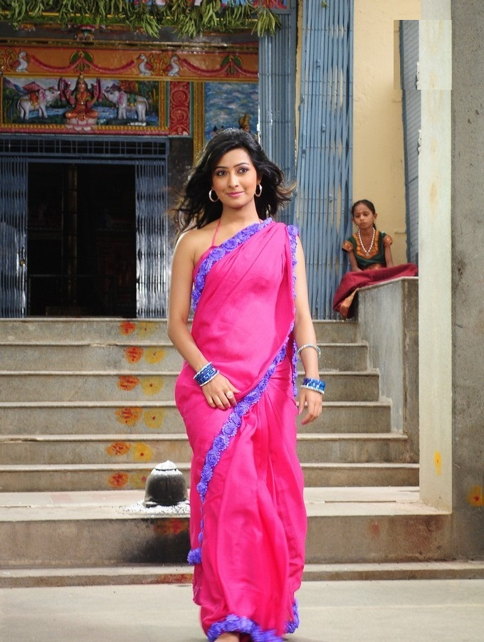 Radhika Pandit In Saree Images