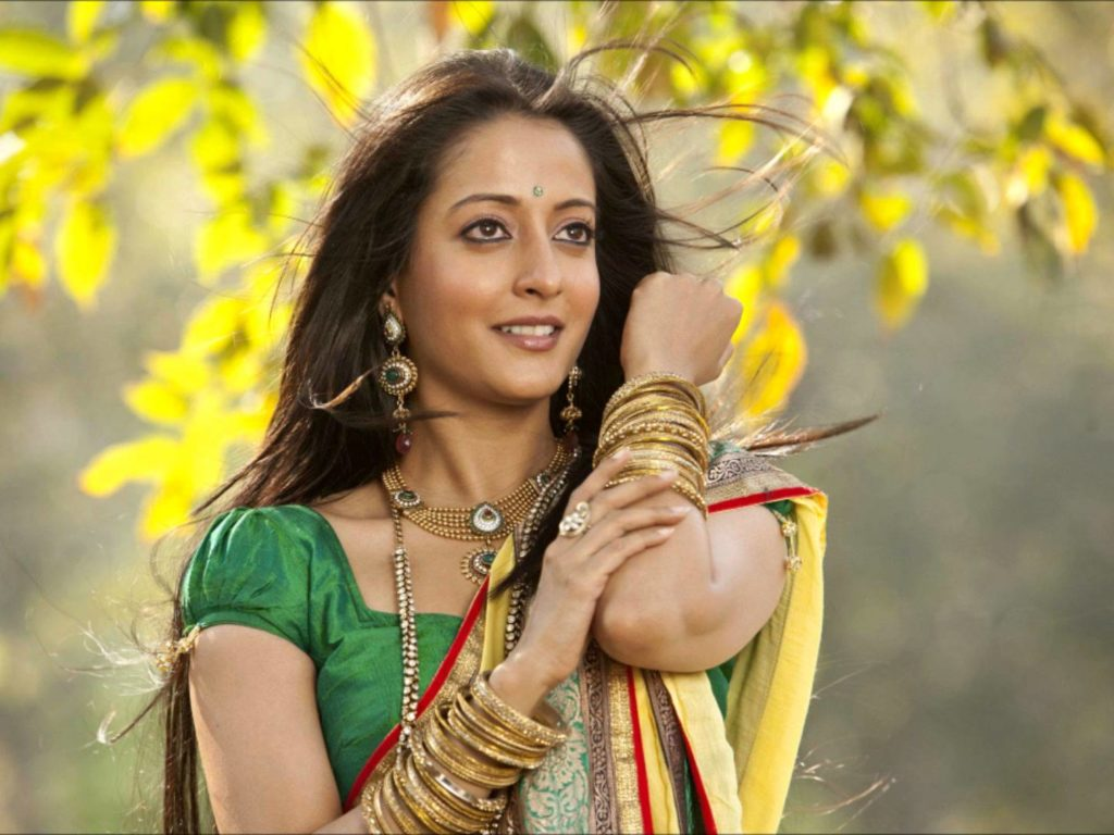 Raima Sen New Hair Style Photos