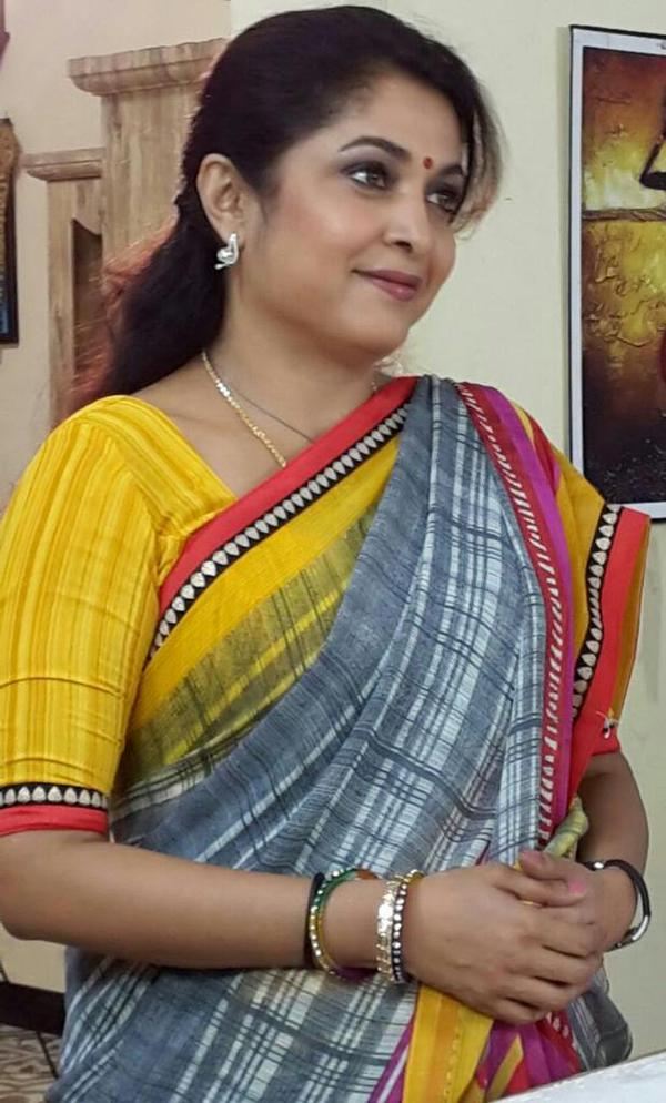 Ramya Krishnan In Saree Images
