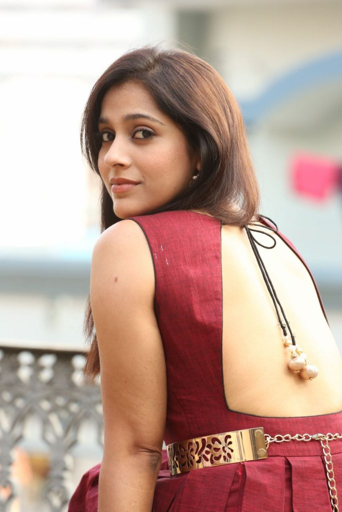 Rashmi Gautam In Backless Clothes Photos