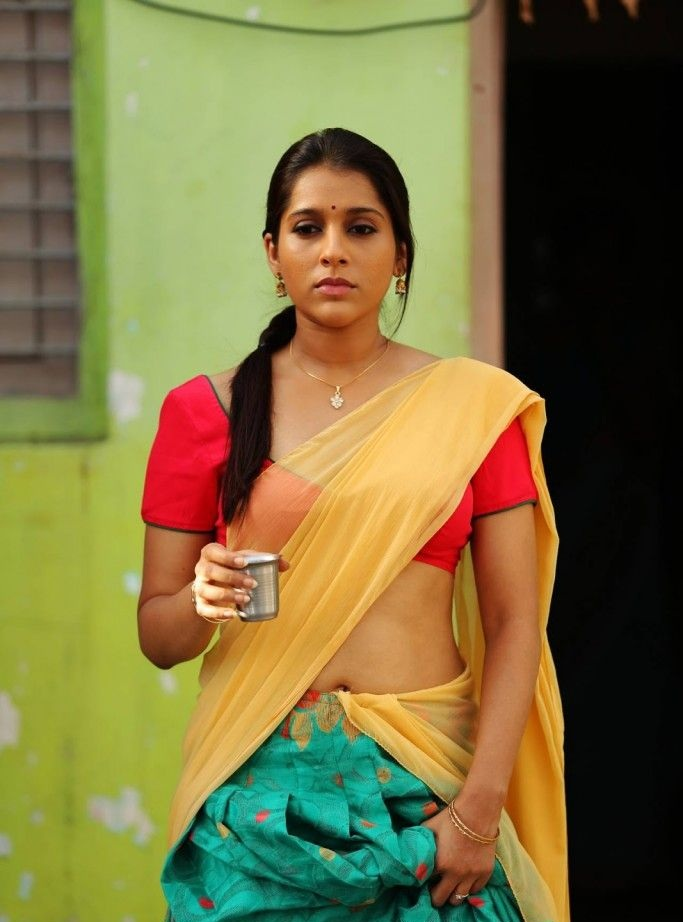 Rashmi Gautam Navel Images In Saree