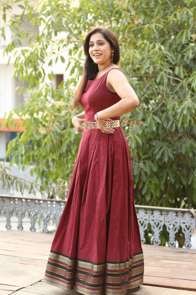 Rashmi Gautam New Wallpapers