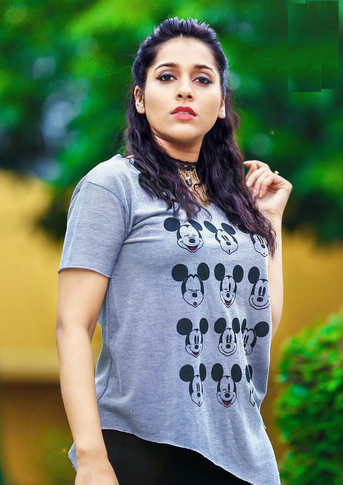 Rashmi Gautam Wallpapers