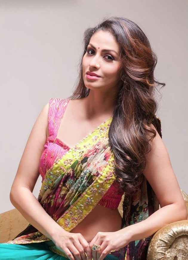 Sadha In Saree Images